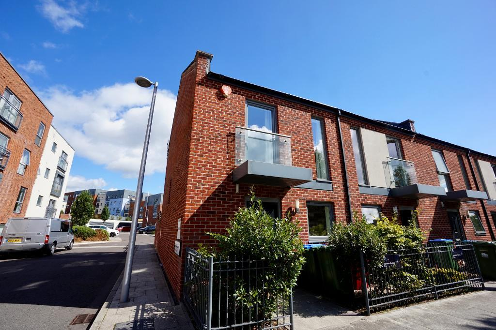 Vosper Road, Woolston, Southampton, Hampshire, SO19 9SS