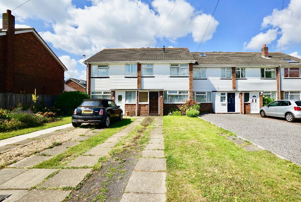 Wykeham Road, Netley Abbey, Southampton, SO31 5ET
