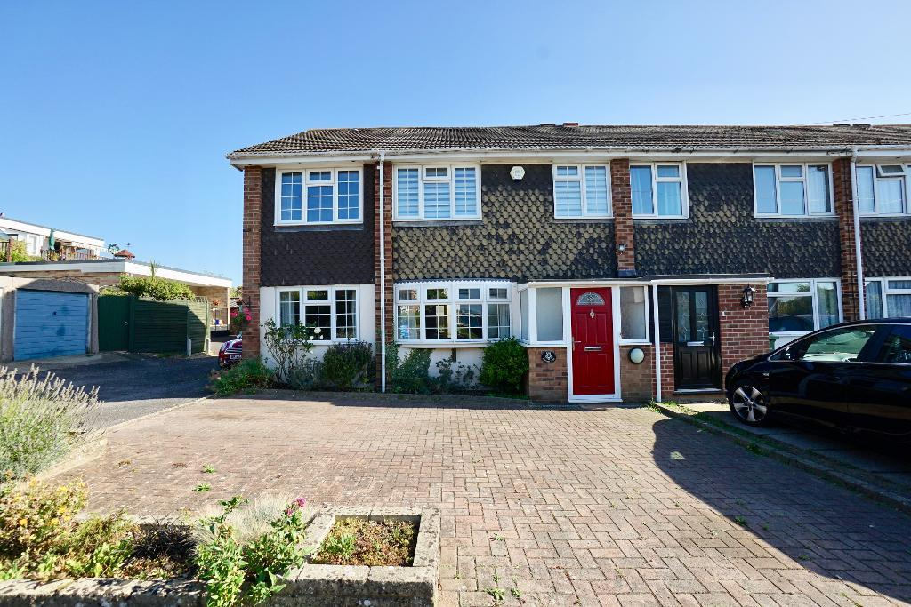 Mortimer Close, Netley Abbey, Southampton, SO31 5EU